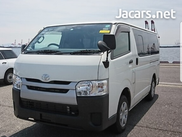 Toyota Hiace 2,5L 2016-1