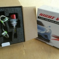 9005 Head light Bulb