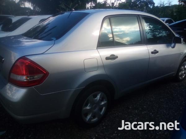 Nissan Tiida 1,6L 2012-7