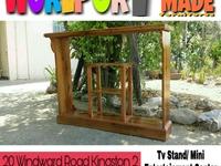 Tv Stand/Mini Entertainment center