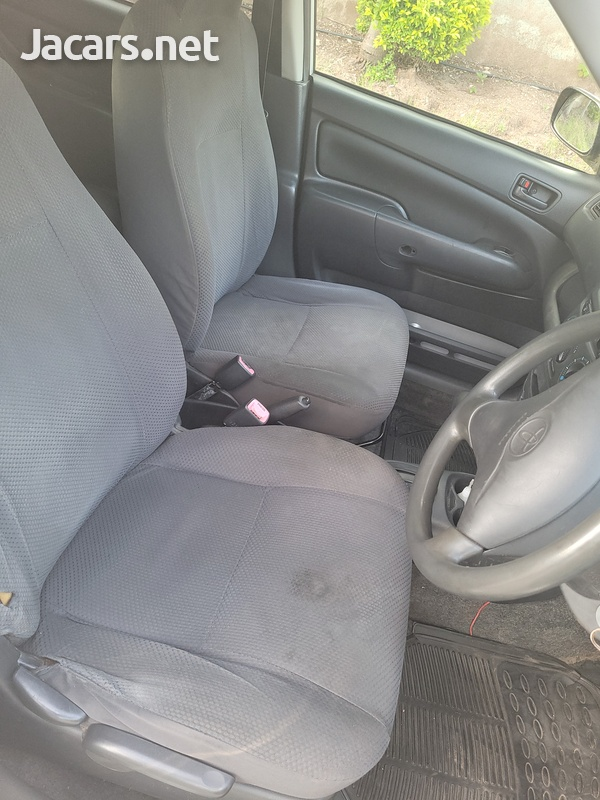 Toyota Probox 1,5L 2012-5
