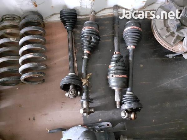 Suzuki Grand Vitara Used Parts-4