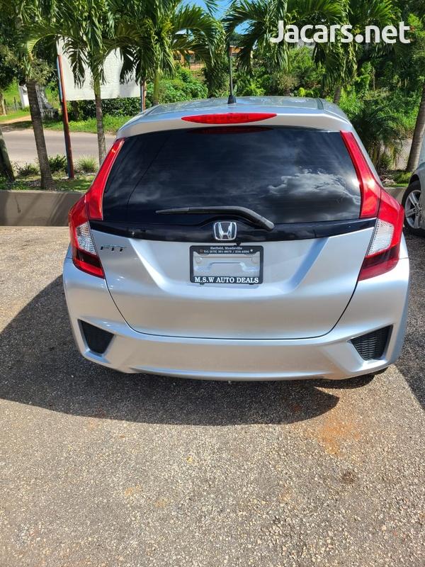 Honda Fit 1,5L 2015-3