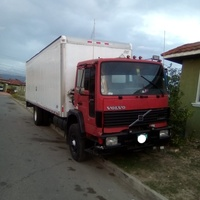 Volvo 15 ton box truck with air conditions