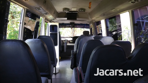 Toyota Coaster Bus 2004-4
