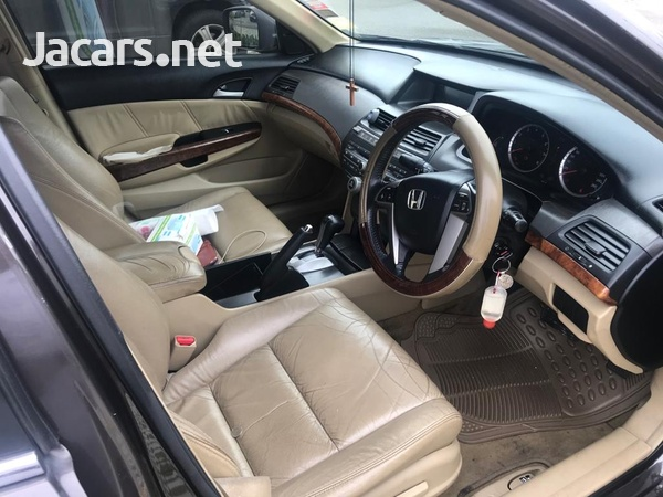 Honda Accord 2,4L 2012-6
