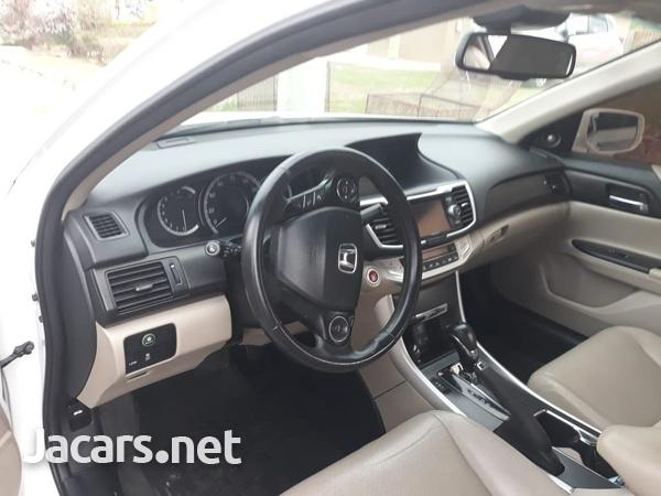 Honda Accord 2,0L 2015-3