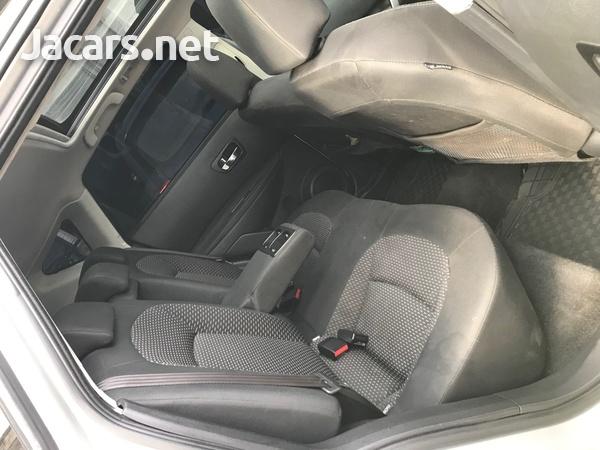 Nissan Dualis 2,0L 2012-9
