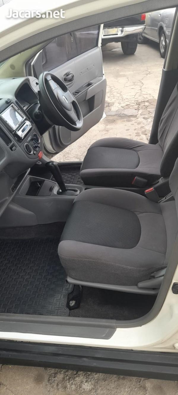 Nissan AD Wagon 1,5L 2011-8