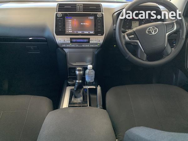 Toyota Land Cruiser Prado 3,0L 2018-5