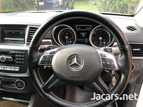 Mercedes-Benz GLS-Class 3,0L 2016-8