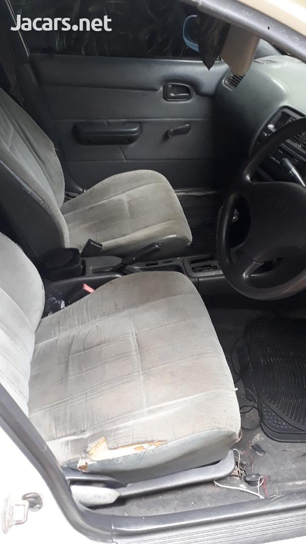 Toyota Corolla 1,5L 1995-3