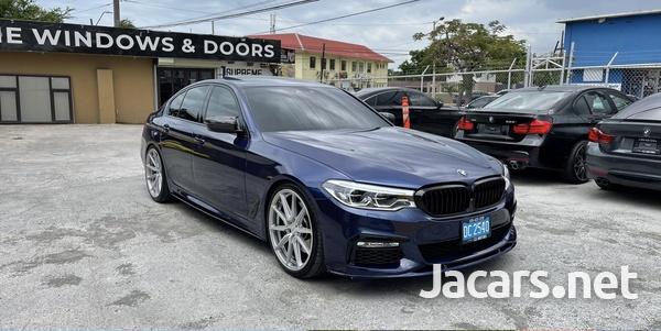 BMW 5-Series 3,0L 2019-1