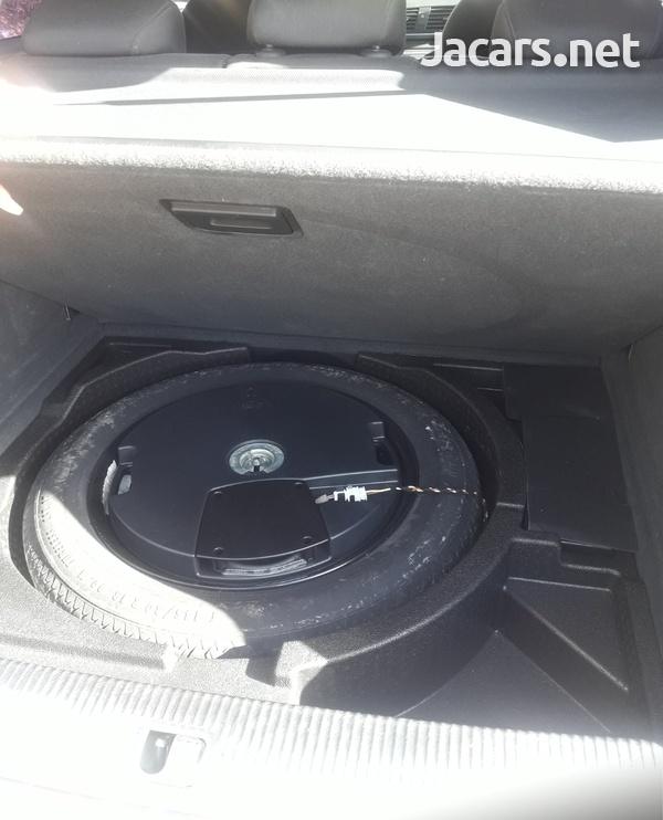 Audi Q3 2,0L 2014-5