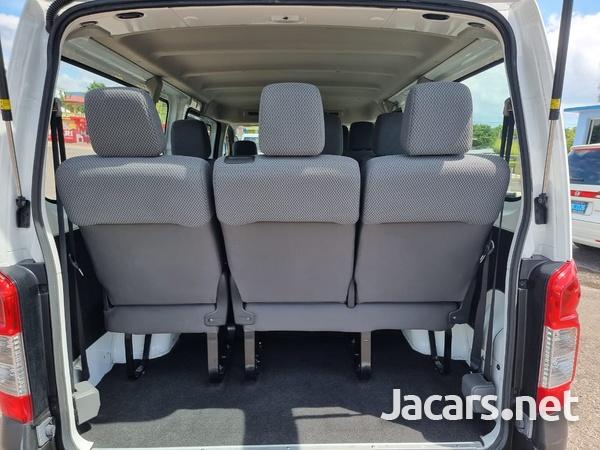 Nissan Caravan 2,5L 2016-11