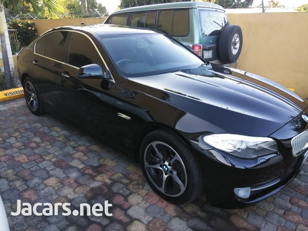 BMW 5-Series 2,9L 2012-1