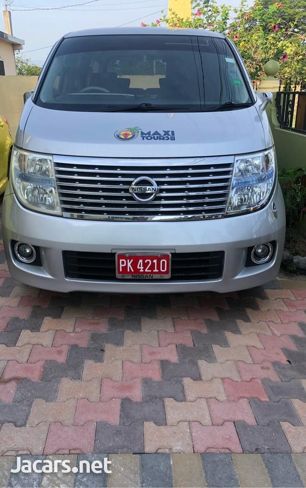 Nissan Elgrand 2,5L 2010-2
