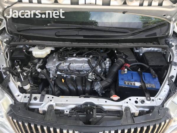Toyota Esquire 2,0L 2015-1