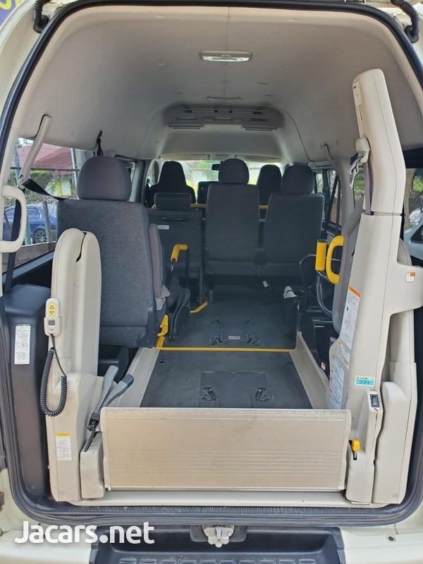 Toyota RegiusAce 2,0L 2014-6