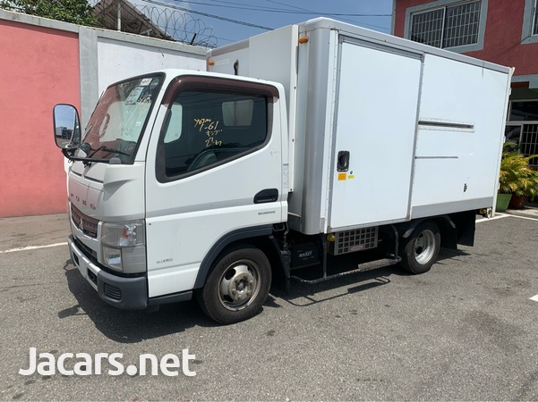 2011 Canter Fuso Truck-2