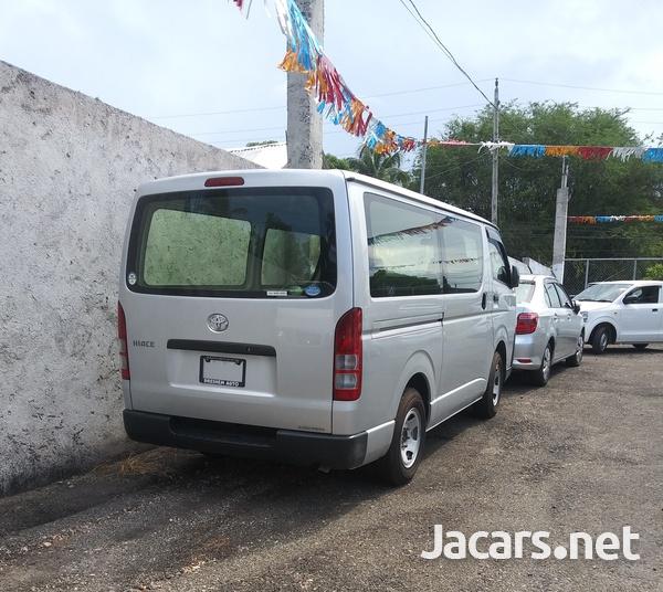 Toyota Hiace 2,0L 2017-8