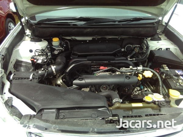 Subaru Legacy 2,4L 2011-6