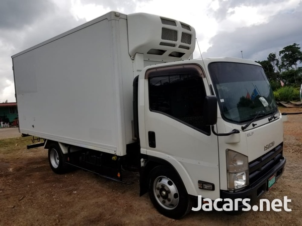 2013 Isuzu Box Truck-2