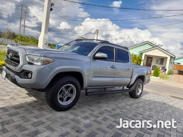 Toyota Tacoma 2,7L 2016-1