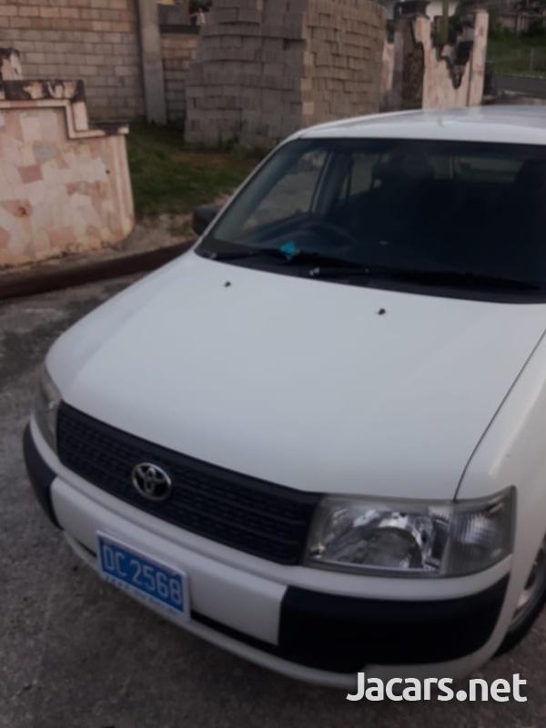Toyota Probox 1,9L 2014-4