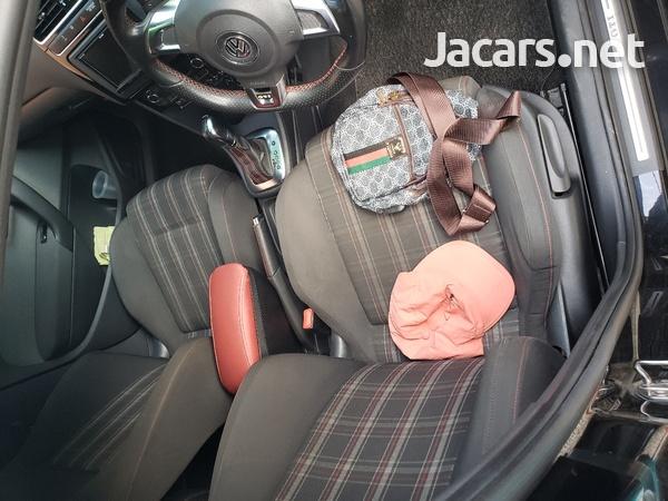 Volkswagen GTI 2,0L 2012-7