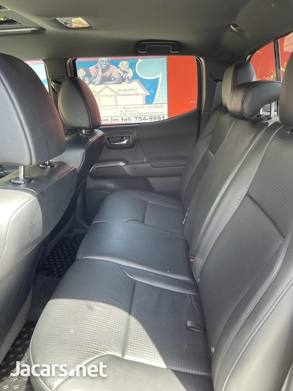 Toyota Tacoma 3,5L 2019-8