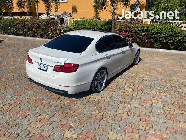BMW 5-Series 4,4L 2013-3
