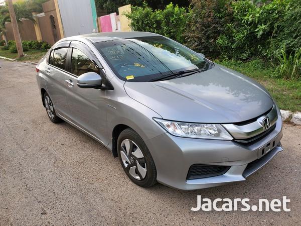 Honda Grace 1,5L 2015-10