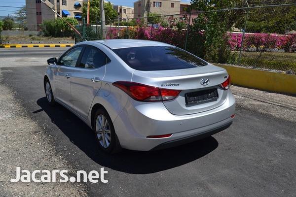 Hyundai Elantra 1,5L 2015-5