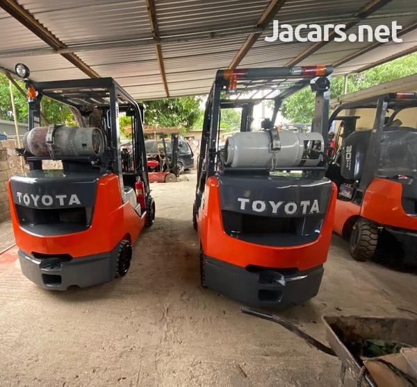 2015 Toyota Forklift-1
