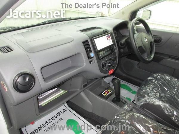 Nissan AD Wagon 1,5L 2013-10