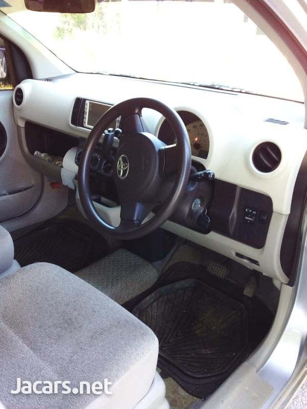 Toyota Passo 1,5L 2010-7