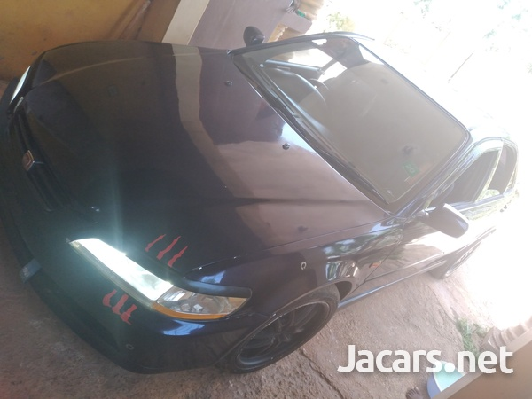 Honda Accord 2,0L 2001-7