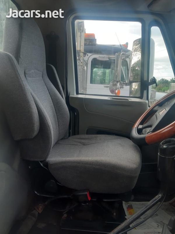 2008 Prostar Premium Truck-4