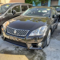 Toyota Crown Electric 2012