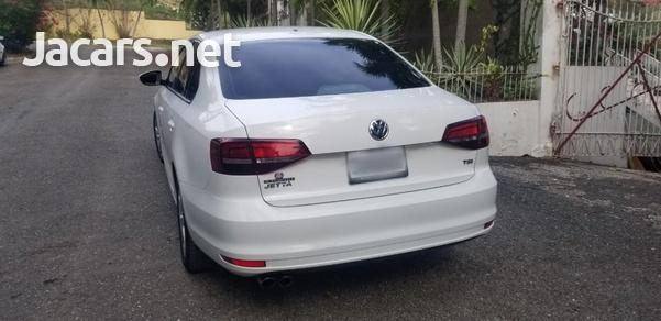 Volkswagen Jetta 1,4L 2016-4