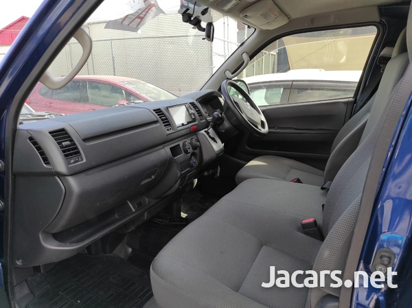 Toyota RegiusAce GL 2,0L 2015-1