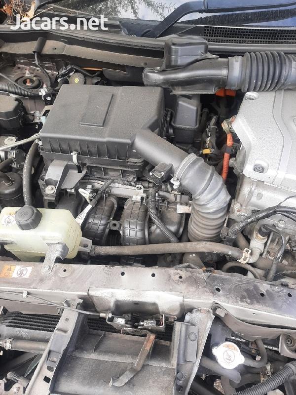 2016 mitsubishi outlander hybrid 2.0 petrol engine-6