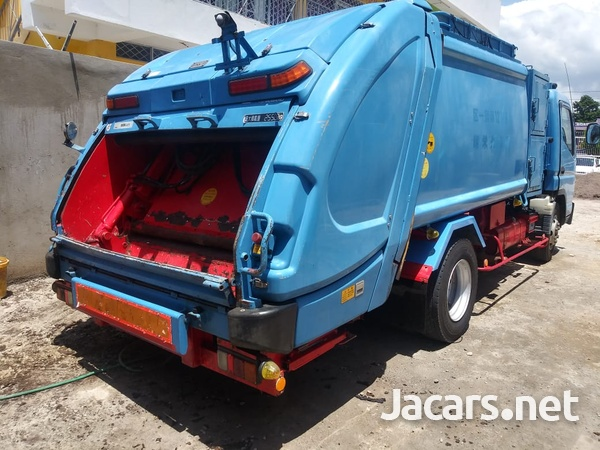 2008 Mitsubishi Canter Garbage Truck-2