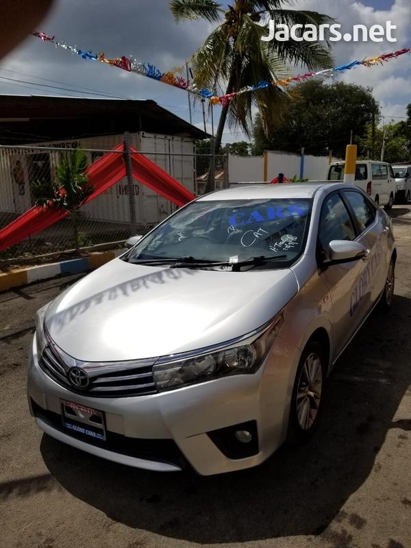 Toyota Corolla Altis 2,0L 2015-11