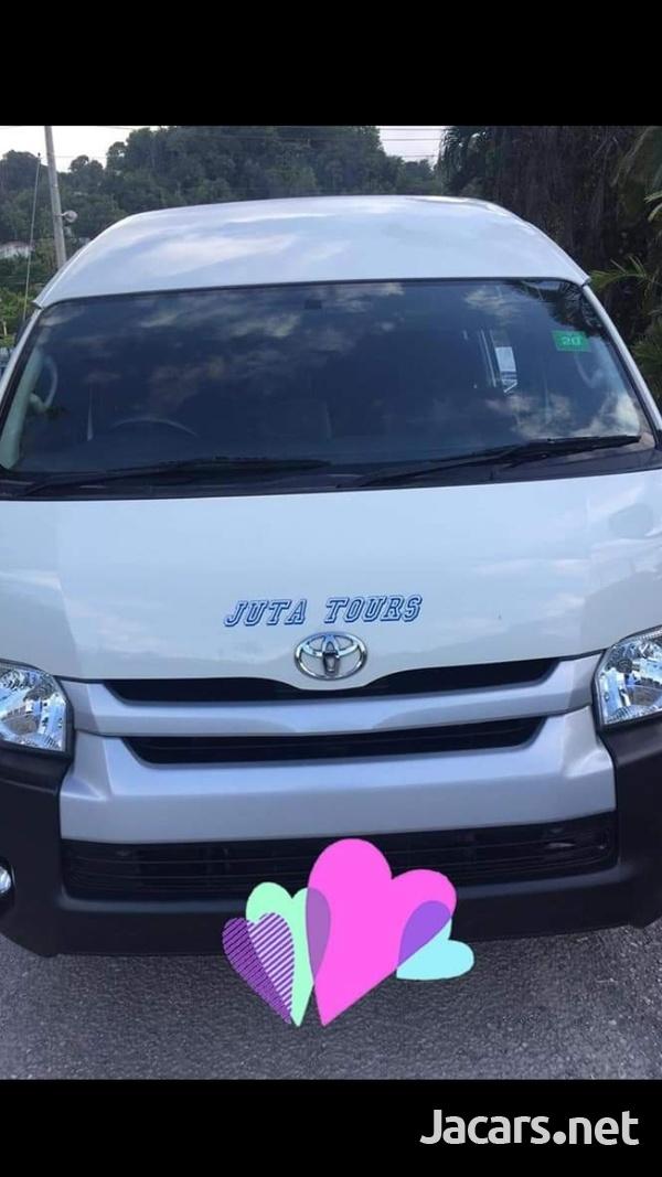 Toyota Hiace Bus 2,7L 2015-3
