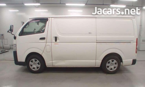 2015 Toyota Hiace van freezer-6