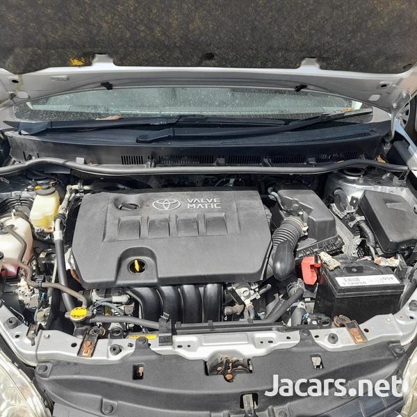 Toyota Wish 1,8L 2014-10