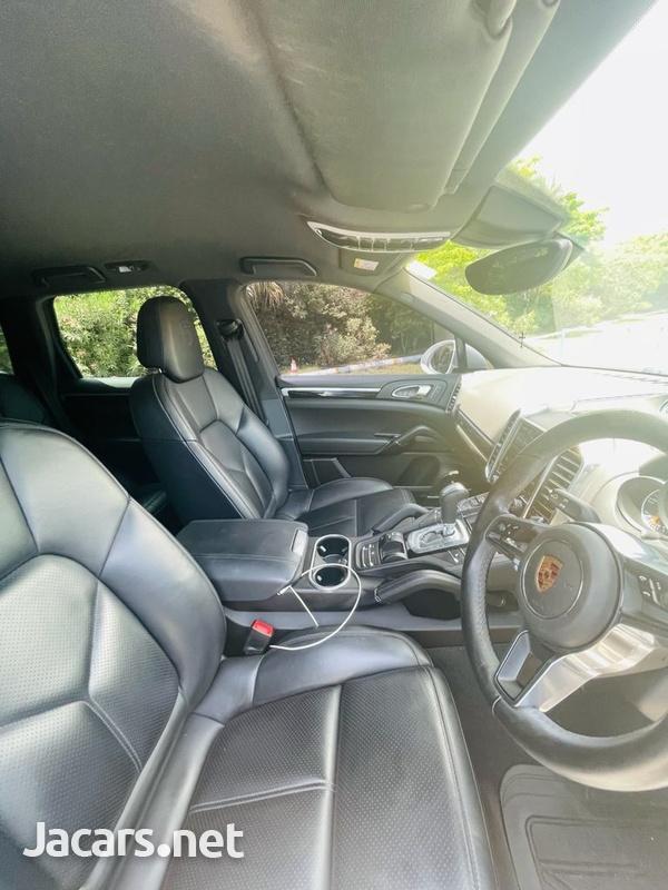 Porsche Cayenne 3,6L 2018-8