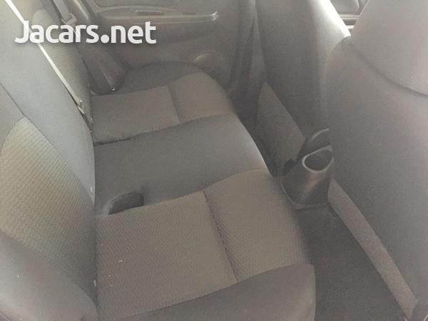 Nissan March 1,2L 2012-7